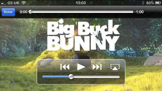 iOS full-screen media player
